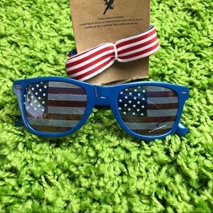 🇺🇸 AEO American Flag Lens Sunglasses w Strap🇺🇸